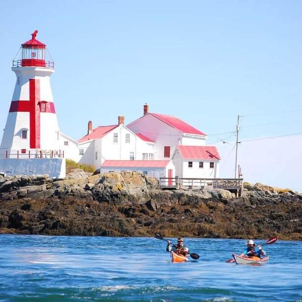 cheo-thuyen-kayak-New-Brunswick